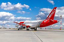 Red Wings планирует развивать лоукост-перевозки на базе SSJ 100